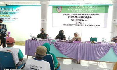 Bupati Jombang Serahkan BLT-DD Simbolis di Desa Mayangan